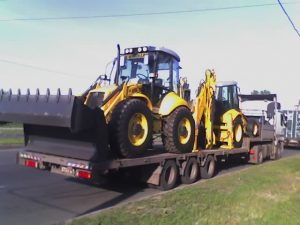 Компания СТОУН-ЛОГИСТИКА может перевезти трактор любой модели