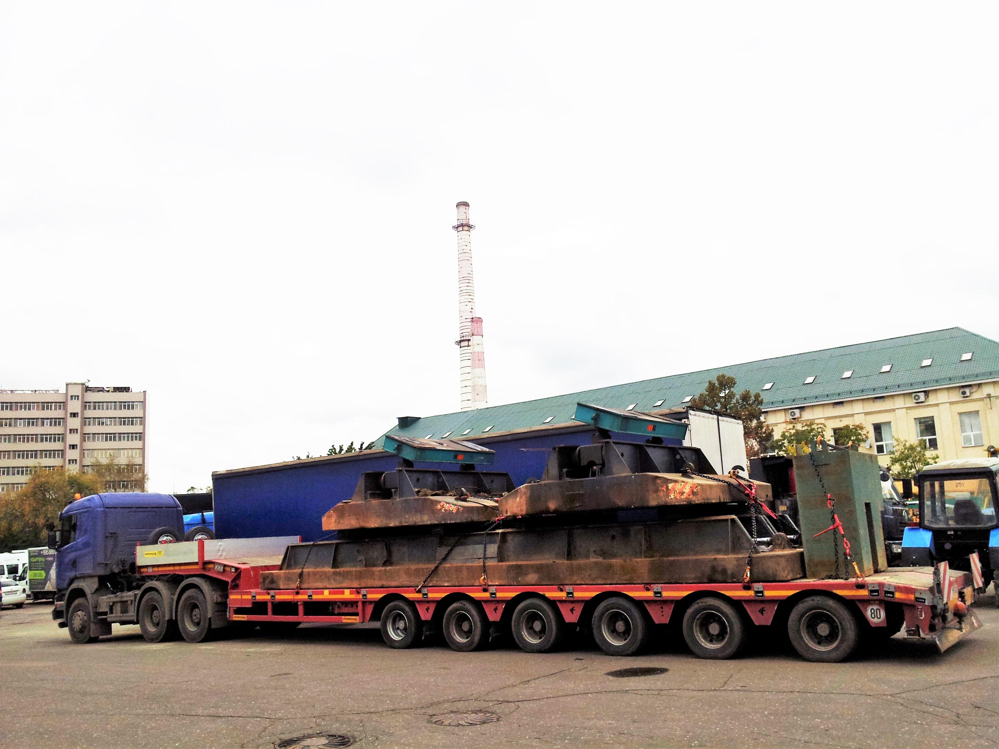 Перевозка промышленных грузов весом 80 тонн низкорамном тралом